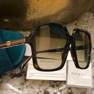 GUCCI 56 mm Square sunglasses
